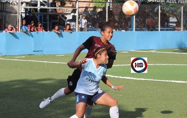 Doradas de Acapulco inicia con victoria su aventura en futbol rápido.
