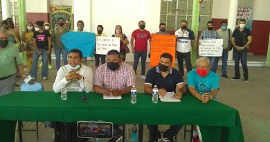 Docentes de Acapulco se suman a CETEG Centro para luchar por sus derechos.